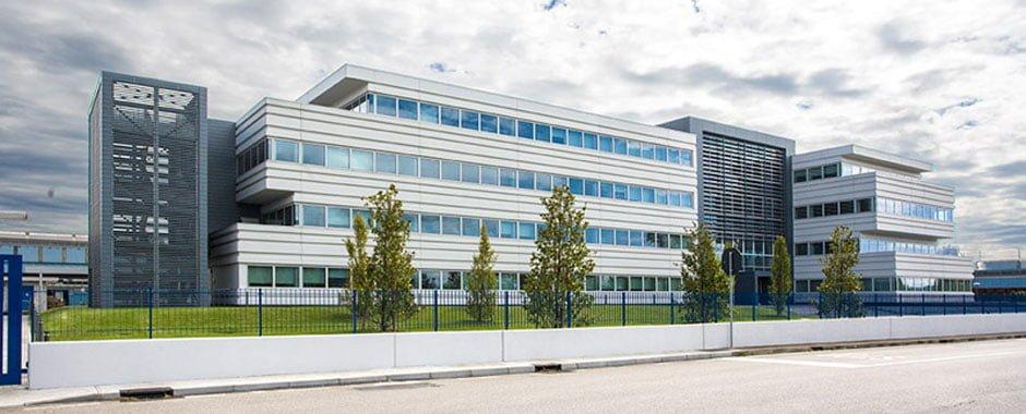 La nuova sede del gruppo pittini gruppo pittini for Pittini arredamenti osoppo